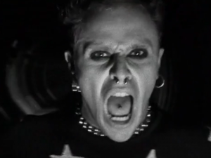 Musicless Music Video- The Prodigy's Firestarter